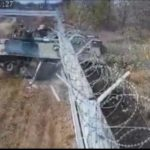Видео: пьяные солдаты на БМП протаранили стену аэропорта