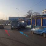 """Не справился: опытный водитель грузовика устроил """"шоу"""" на трассе"""
