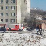 «Там участковые сидят»: в эти минуты отдел полиции горит во Владивостоке