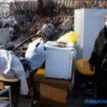 «У меня все руки в синяках: пенсионерку насильно выселяют из дома на мороз