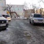 """""""Машины там просто катятся"""": состояние дороги беспокоит горожан"""