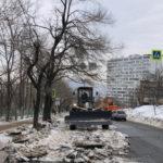 Десятки улиц: город чистят совместными силами