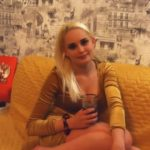 Не беременна: девушка известного российского блогера умерла в прямом эфире
