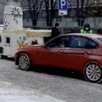 Сказочная авария: BMW столкнулся с печкой Емели