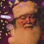 """Новый год в духе 2020-го: появилась услуга """"Дед Мороз с антителами"""""""
