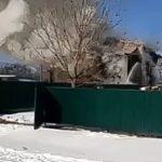 «Кто-то баньку затопил»:  сильный пожар охватил  двухэтажный коттедж
