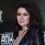 Дочь Анастасии Заворотнюк рассказала о болезни матери