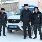 Жительница Уссурийска поблагодарила полицейских за помощь на дороге
