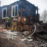 Жителям сгоревшего дома в районе Садгорода пообещали помочь