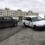 Нехило помялись: авария произошла на перекрестке