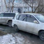 Притерлись: два авто решили «поближе познакомиться»