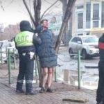 Не на тех наехал: голый сын депутата сбил военного прокурора с женой