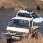 «Парень захотел приключений»: джип утонул в реке в Приморье