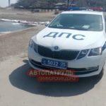 «Бежал от ДПС, выбрал свободу»: на острове Русском автомобиль упал с пристани