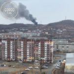 """""""Слышны взрывы и сильный треск"""": пожар бушует в городе"""