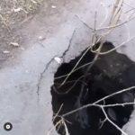 """Опасные """"порталы"""" под землю встревожили горожан"""