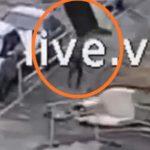От удара потерял сознание: «летающий» диван упал на ребенка