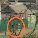«Выплатил ипотеку, радуется»: поведение мужчины пугает жителей Владивостока