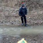 «Иногда пути и вовсе нет»: смыло мост- дачники рискуют каждый день