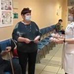 Десяток за прививку: неожиданный сюрприз для пенсионеров подготовил Минздрав