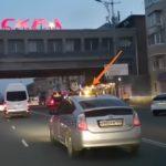 «Таксисты выходят на новый уровень?»:интересную особенность заметил автолюбитель на дороге
