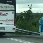 «В связи с третьей волной»: десяток набитых «под жвак» людьми автобусов замечены на трассе