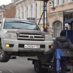 Два района и 4 развязки: автомобили будут массово эвакуировать во Владивостоке