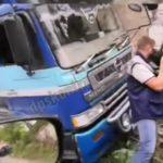 «Фура скатилась вниз?»: массовое ДТП произошло во Владивостоке