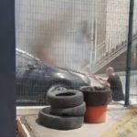 «Это от жары»: автомобиль загорелся на территории автомойки в Приморье