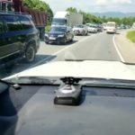 «Туда сейчас лучше не ехать»: автолюбители встали в километровую пробку в Приморье