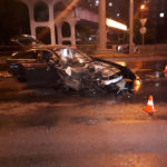 Водитель на полном ходу  въехал во впереди идущий автомобиль. Погибла пассажирка