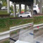«Может, штраф не дадут за профессионализм»: поступок водителя джипа обсуждают приморцы