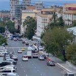 Кинологи, сапёры, полиция: людей эвакуировали из здания суда во Владивостоке